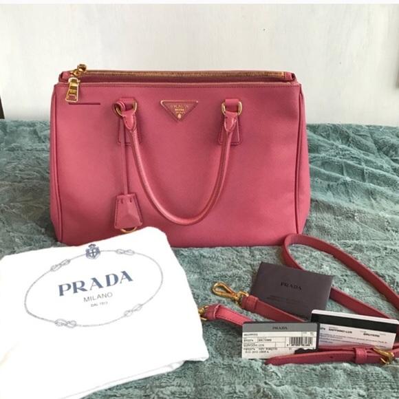 39c151d0b36e Prada Bags | Saffiano Medium Pink Purse | Poshmark